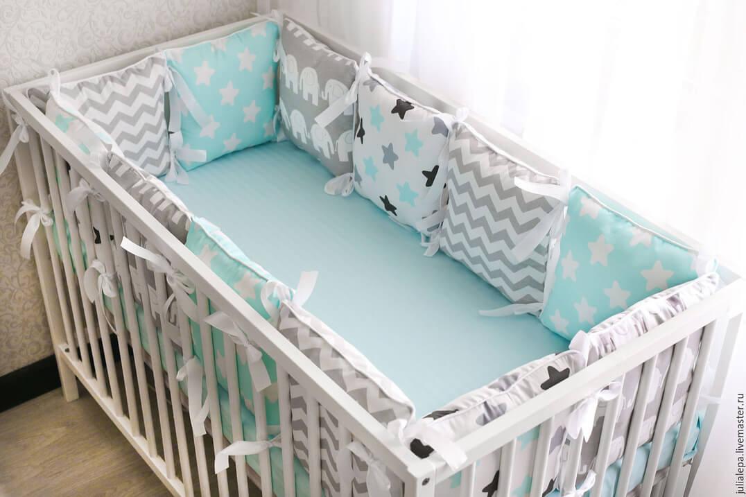 Из чего сшить бортики для детской кроватки своими руками 921
