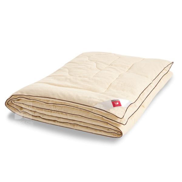 Одеяло на шерсти кашмировой козы Милана  (172 x 205)